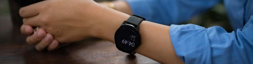 TicWatch 2 – chiếc smartwatch 3.8 triệu dành cho vọc sĩ, hỗ trợ nghe gọi cho iPhone